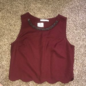 Deep red accent neck line crop top